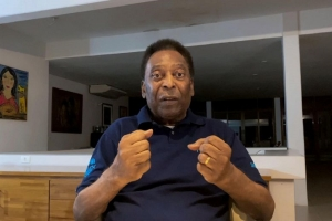 Pele approaches 80 amid GOAT debate