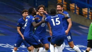 Mount stunner as Blues seal Champions League place