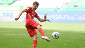 Muller makes history as champions celebrate 100-goal title triumph