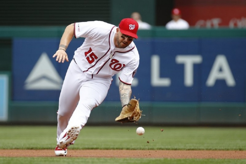 Matt Adams agrees to minor league deal with New York Mets