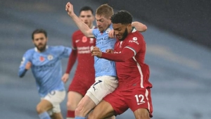 Manchester City v Liverpool: De Bruyne miss costly as heavyweights battle to a draw