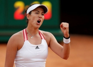 WTA Premier 5 - Italian Open - Foro Italico, Rome, Italy - September 19, 2020 Spain's Garbine Muguruza celebrates after winning her quarter final against Belarus' Victoria Azarenka