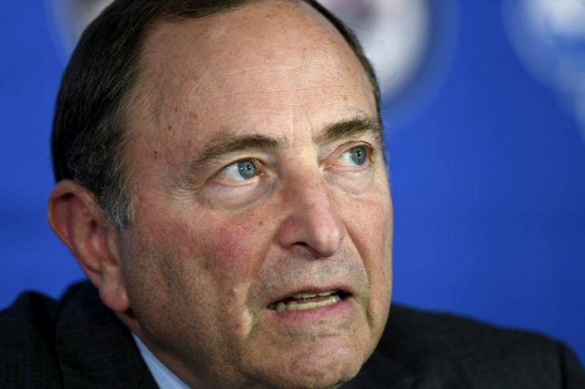 Bettman: '20-21 season could start as late as December