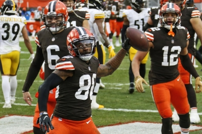 Pittsburgh Steelers v Cleveland Browns: Browns end playoff drought, survive late Steelers rally