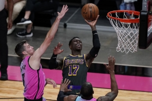 Los Angeles Lakers v Miami Heat: Butler scores 28, Heat beat depleted Lakers