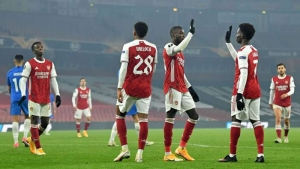 Arsenal v Molde: Willock seals it after own goals lift Gunners