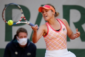 Roland Garros, Paris, France - October 7, 2020 Sofia Kenin of the U.S. in action during her quarter final match against Danielle Rose Collins of the U.S.