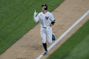 Judge HR, Montgomery sharp, Yanks top Red Sox in home opener