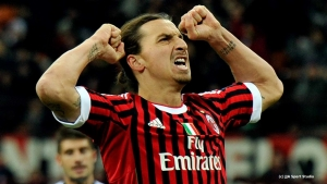 Ibrahimovic returns to AC Milan on short-term contract