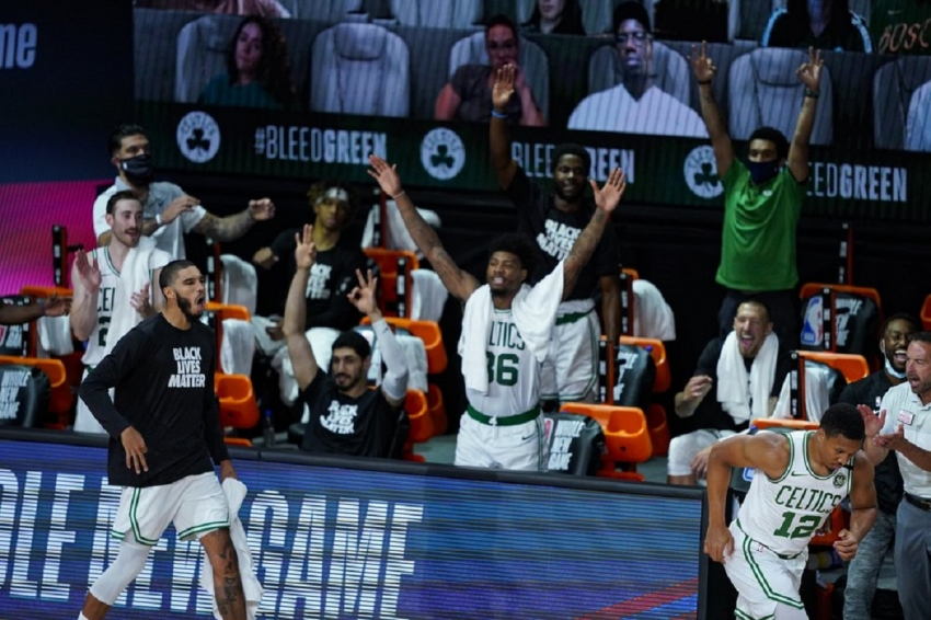 Williams, Brown leads Celtics to rout of Nets