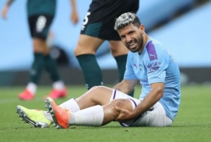 Premier League - Manchester City v Burnley - Etihad Stadium, Manchester, Britain - June 22, 2020 Manchester City's Sergio Aguero reacts after sustaining an injury,