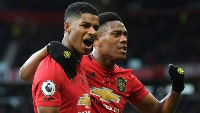 Rashford and Martial lead vibrant Red Devils