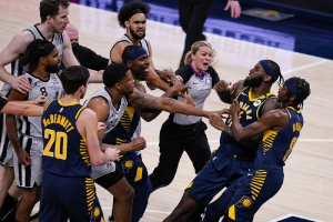 Pacers' Sampson gets 1-game suspension for headbutting Mills