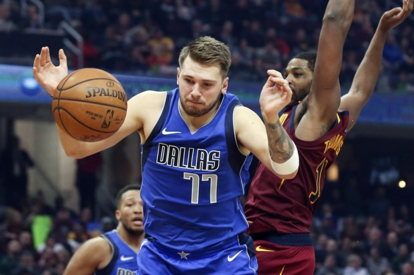 Doncic has triple-double, Mavericks rout Cavaliers