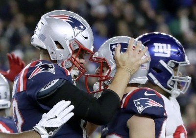 Patriots force 4 turnovers, beat Giants to reach 6-0